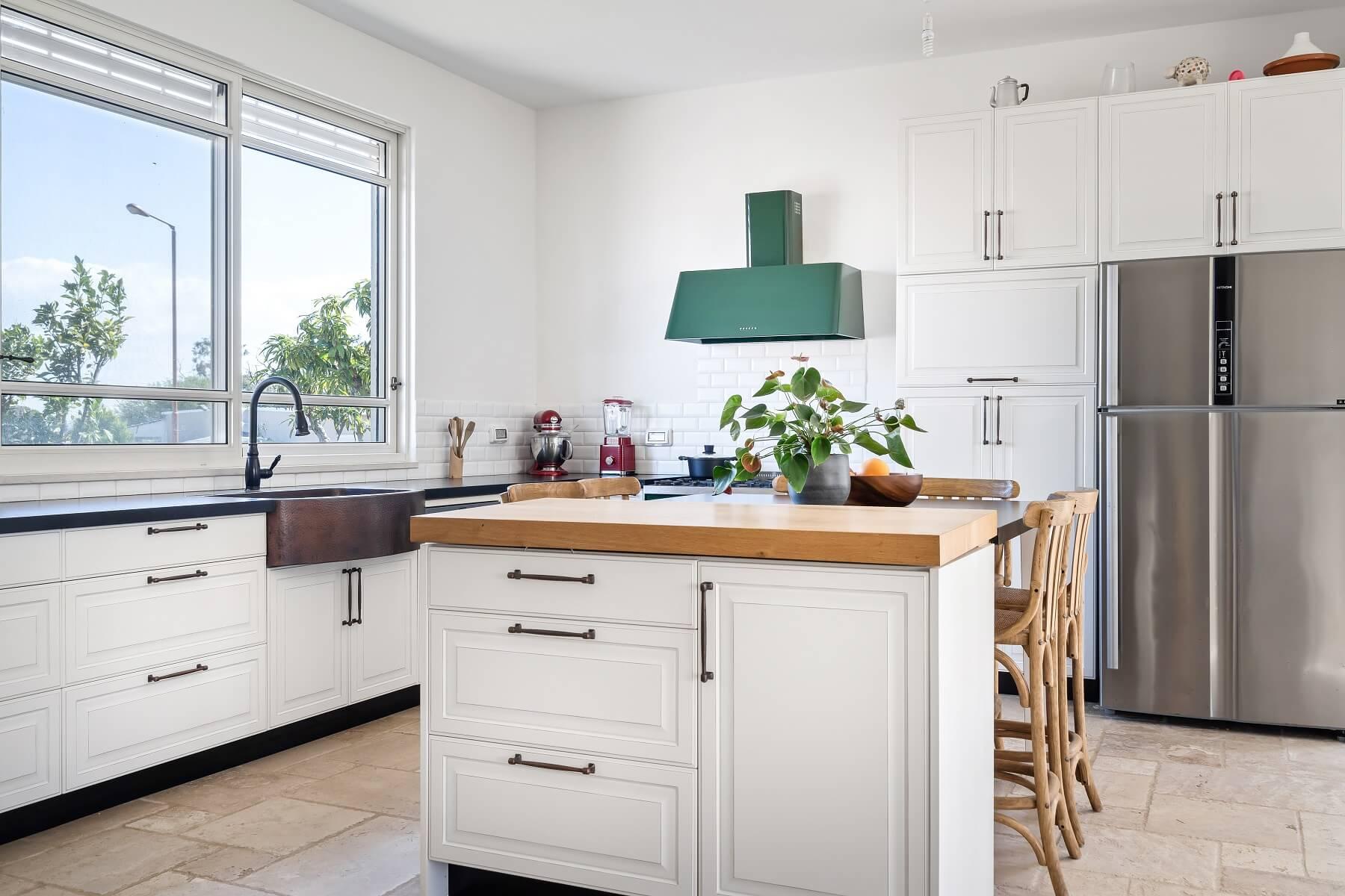 מטבח כפרי - עיצוב אישי - מטבחי הדקל