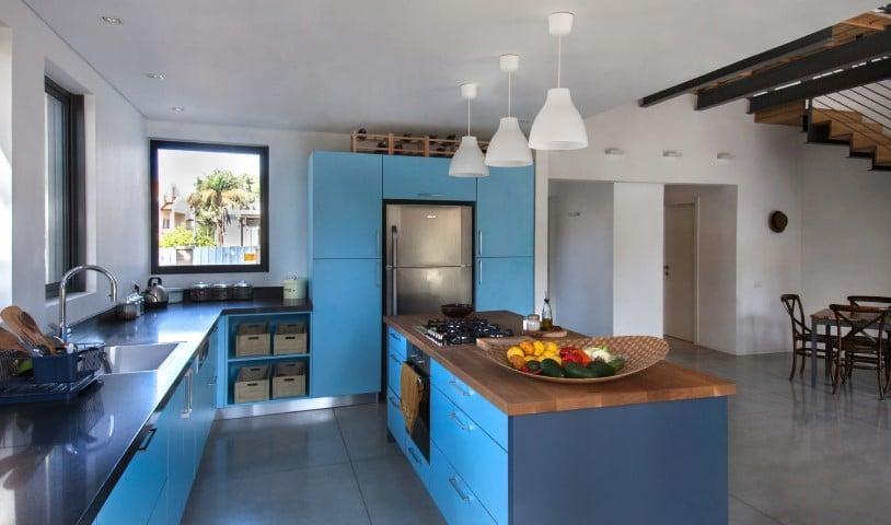 מטבח כפרי פרובנס בצבע