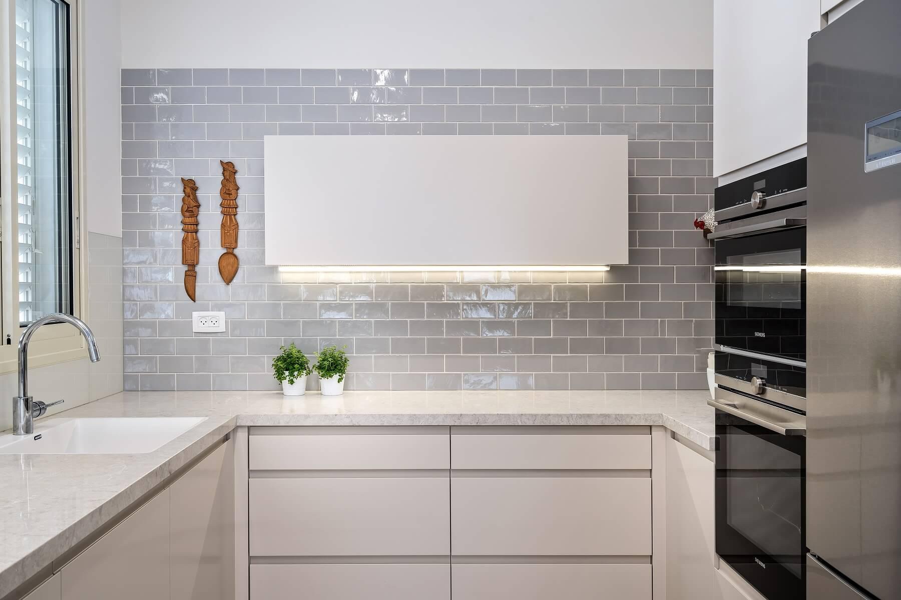 מטבח מודרני - האדריכלית ריקי קרקואר